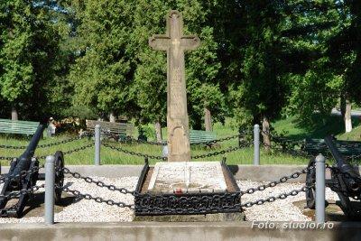 Mormantul lui Avram Iancu - Tebea